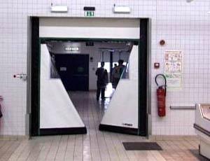 Скоростные ворота Dynaco D-121 внутреннего применения