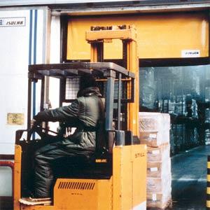 Промышленные рулонные скоростные ворота Dynaco серии M2 Freezer